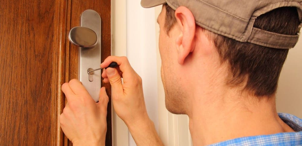 Factors to Consider When Hiring a Local Locksmith
